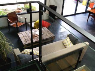 Extension d'une maison individuelle Salon moderne par PLAST Architectes Moderne