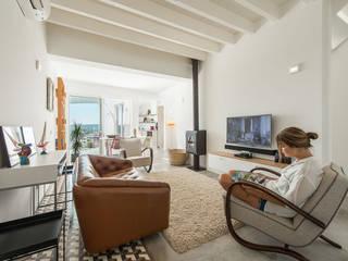 Livingroom Salas de estar minimalistas por studioarte Minimalista