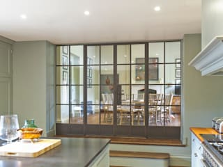 Multiple Bronze Screens with plain and mirrored glazing von Architectural Bronze Ltd Rustikal