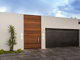 Grupo Arsciniest Minimalist house Wood White