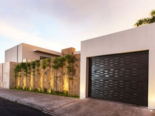 Modern houses by Grupo Arsciniest Modern