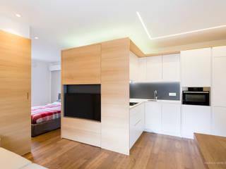 Minimalist living room by Lemayr Thomas Minimalist