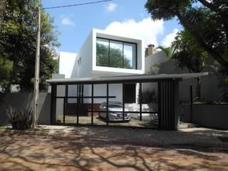 Casas modernas de Cláudia Legonde Moderno