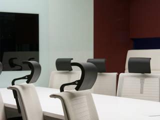 T-LAB オリジナルな学校 の 3*D空間創考舎一級建築士事務所 オリジナル