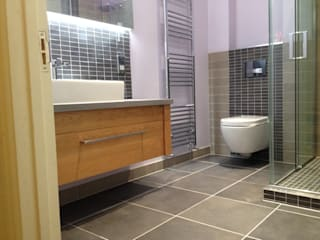WC One Project Photo's Bagno moderno di Stonearth Interiors Ltd Moderno