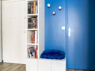 deSYgn by JM2 Modern Corridor, Hallway and Staircase