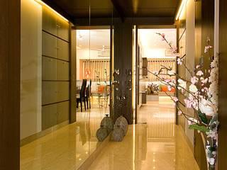 Residential Modern corridor, hallway & stairs by Sudhir Diwan and Associate Modern