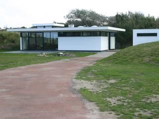 by Van der Schoot Architecten bv BNA