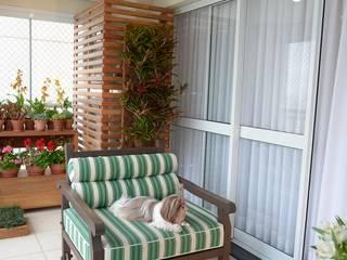 Balcones y terrazas de estilo rústico de Eduardo Luppi Paisagismo Ltda. Rústico