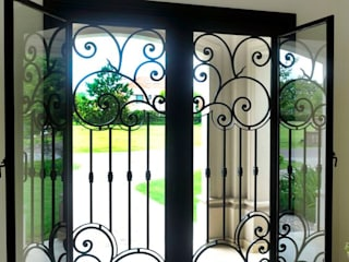 DEL HIERRO DESIGN Classic windows & doors Iron/Steel Black