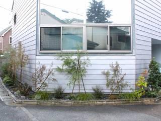 Shikinowa Design Jardines de estilo moderno