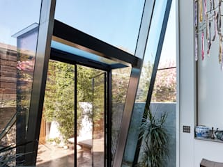 Lean to Structural Glass Extension Modern corridor, hallway & stairs by Trombe Ltd Modern