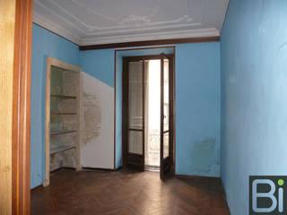 Casa Rossini: Soggiorno in stile  di PROGETTO Bi