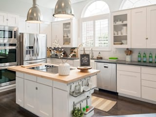 Scandinavian style kitchen by Urbanology Designs Scandinavian