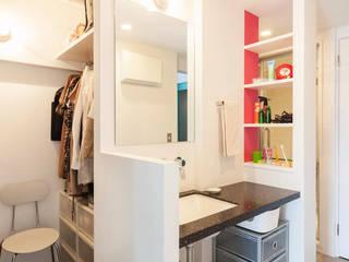 Salle de bains de style  par 株式会社ブルースタジオ, Moderne
