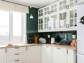 Деревянный дом: Кухни в . Автор – Tatyana Pichugina Design