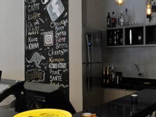Ресторации в . Автор – Celina Molinari Arquitetura e Interiores, Лофт