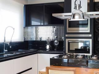 Cocinas de estilo moderno de Apê 102 Arquitetura Moderno