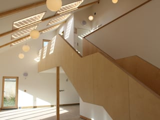 Solarsense:  Corridor & hallway by Askew Cavanna Architects