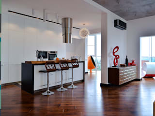 Квартира 150 м2 проект на стадии реализации: Кухни в . Автор – zzburo