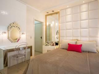 Dormitorios de estilo moderno de Apê 102 Arquitetura Moderno