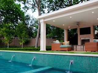 Outdoor Living Room & Raised Pool Wall:  Patios & Decks by Matthew Murrey Design