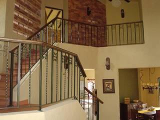 에클레틱 복도, 현관 & 계단 by ARMANDO PRIETO - ARQUITECTO 에클레틱 (Eclectic)