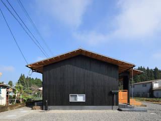 東側外観: ㈱ライフ建築設計事務所が手掛けた家です。