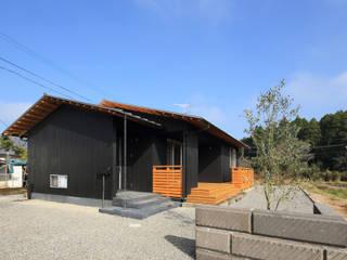 南東側外観: ㈱ライフ建築設計事務所が手掛けた家です。