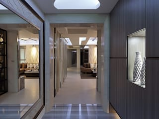 Modern Corridor, Hallway and Staircase by Green Leaf Interior青葉室內設計 Modern