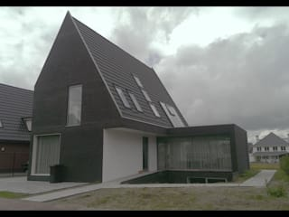 ENA architecten Modern houses Stone Black