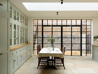 The Islington N1 Kitchen by deVOL deVOL Kitchens Classic style kitchen Green