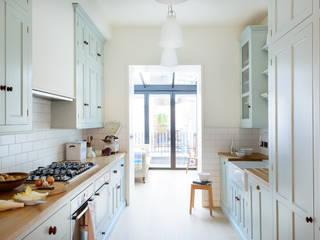 The Pimlico Kitchen by deVOL deVOL Kitchens Classic style kitchen Blue