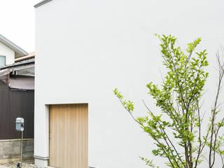 トクモト建築設計室 Casas modernas