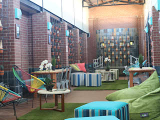 غرفة الميديا تنفيذ Sunbird Interiors