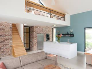 woonhuis Berkel-Enschot:   door Jan Couwenberg Architectuur