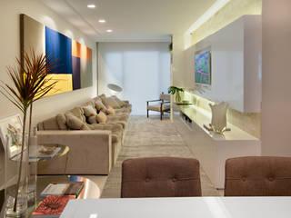 Coutinho+Vilela Living room Wood White
