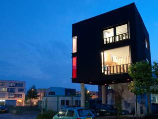 Wonen boven het maaiveld:  Huizen door ARCHITECTUURBUREAU project.DWG