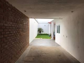 Moderner Garten von [GM+] Arquitectos Modern