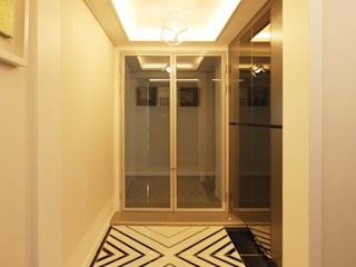 Modern corridor, hallway & stairs by 라움 디자인 Modern