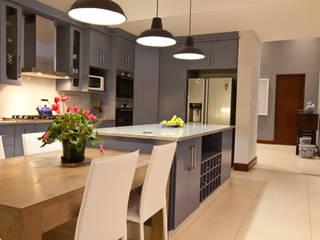 Cocinas de estilo  por Architects Of Justice