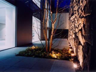 VITEC モダンな 家 の Mアーキテクツ|高級邸宅 豪邸 注文住宅 別荘建築 LUXURY HOUSES | M-architects モダン