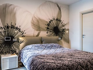 Modern style bedroom by yesHome Modern