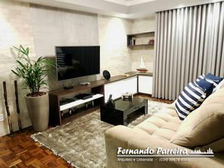 Sala de TV nova:   por Fernando Parreira Arquitetura