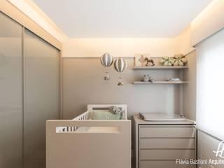 DORMITÓRIO DE BEBÊ Quarto infantil moderno por Flávia Bastiani Arquitetura Moderno