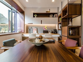 Moderne Esszimmer von 爾聲空間設計有限公司 Modern