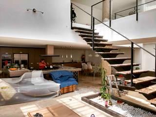 Vivienda unifamiliar-privada: Salas de estilo  por Le.tengo Arquitectos