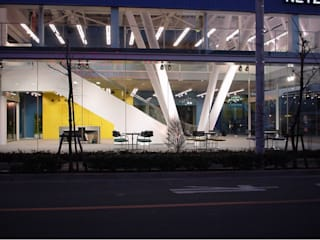 NETS TOWER ADACHI モダンデザインの リビング の Mアーキテクツ|高級邸宅 豪邸 注文住宅 別荘建築 LUXURY HOUSES | M-architects モダン