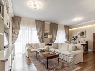 Classic style living room by Facile Ristrutturare Classic