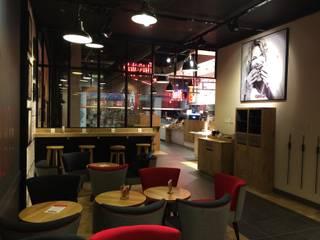 Bruegger's – Centre commercial Vélizy 2 Gastronomie moderne par Contraste Intérieur Moderne